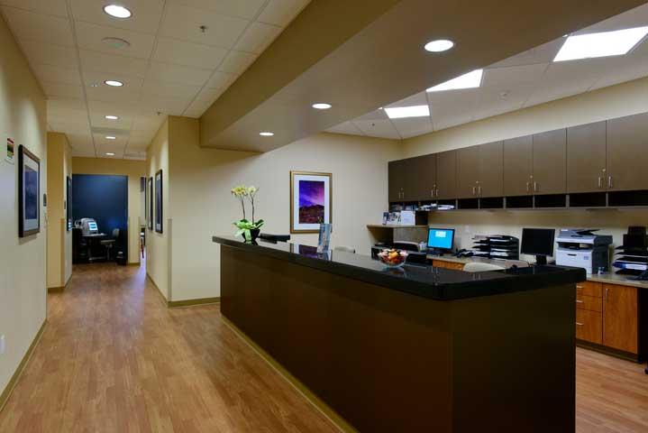 Retina Specialists | Eye Surgery | Retina Associates